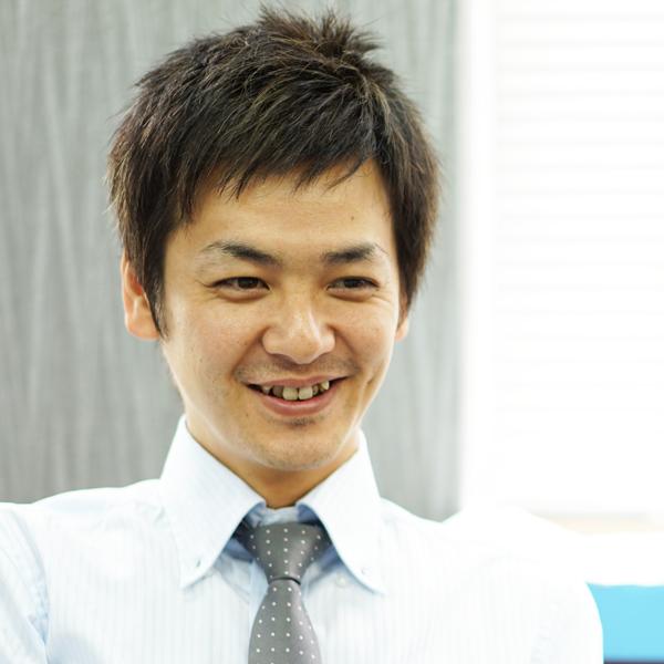 recruit-staff-adachi600